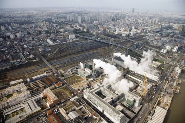 Household waste processing plant in Ivry-Sur-Seine on the outskirts of Paris. © Stefan Shankland / MMM