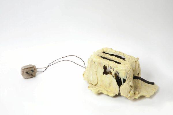 Le grille-pain utilisé parledesigner Thomas Thwaites lors de son expérience «The Toaster Project». DR.